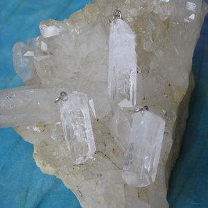 Danburiet Kristal Hanger
