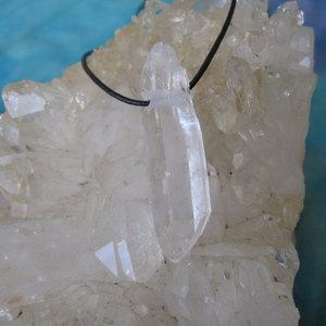 Bergkristalpunt Hanger Ruw met veter 2